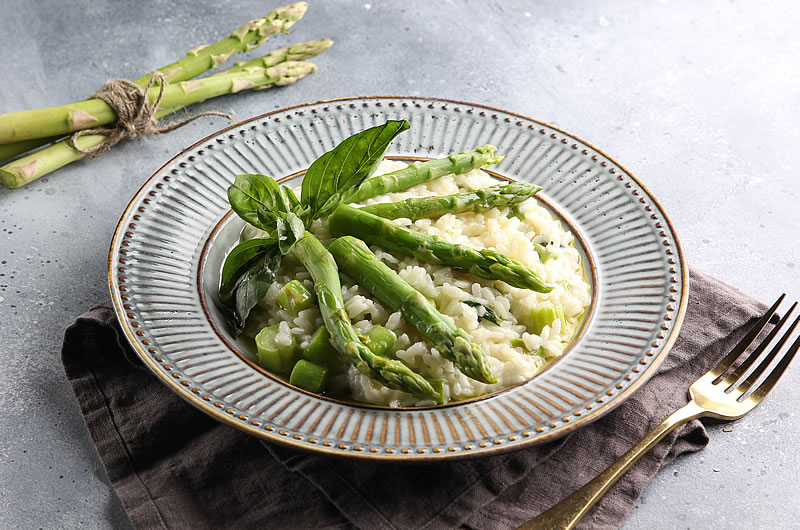 Asparagus risotto enhanced with Smarter Naturally ™ soup sauce